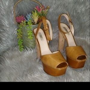 Prada sandals 100% autentics Size 38